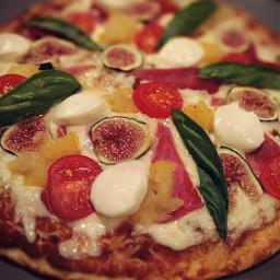 garden pizza pizzanight farmtotable foodporn