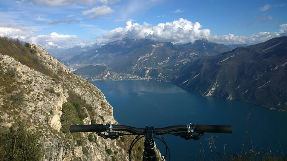 #FreeToEdit  #wiews  #wiew  #lake  #mtb  #mtbtour  #mountain  #bike  #adventure  #nature  #love  #sky  #relax  #free  #like  #likeforlike  #follow  #best  #goodmorning  #strong  #panorama  #panoramic  #awesome  #vista  #spettacolo