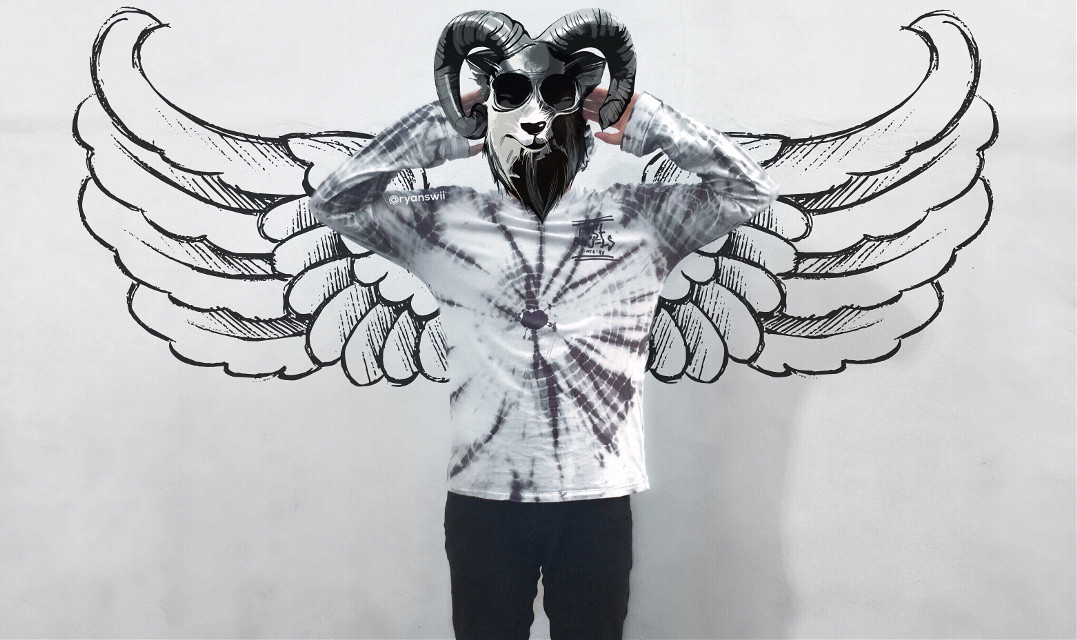 Now i have wings. Who wanna fly with me to see the beauty of the world from above?