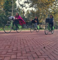 bike bikers happy chicas pasetjant freetoedit